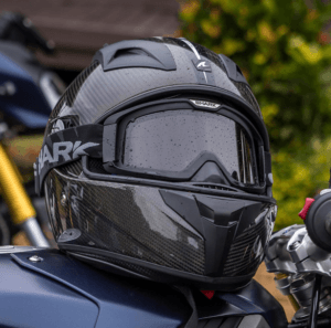 Top 15 Carbon Fiber Motorcycle Helmets – The Strongest Available
